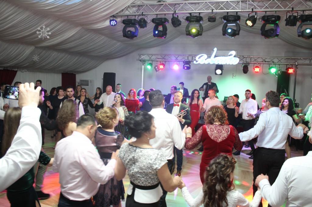 Olympic Ballroom Belcanto Nunti Galati Formatia Belcanto
